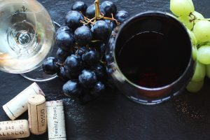 HOW TO PICK & PAIR WINES FOR THANKSGIVING